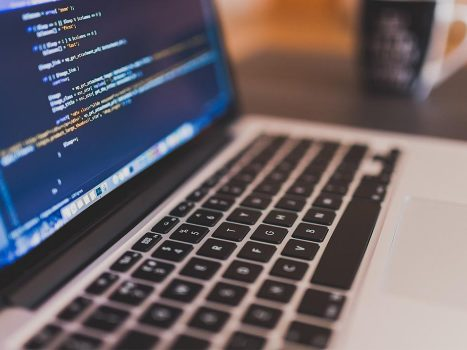 Top 5 Reasons Why Java Is The Best For Building Extensive Web Applications